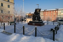 pamyatniki-cheremhovo-2020-01-12-15-15-19